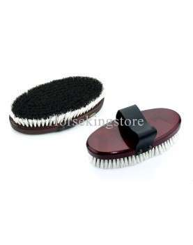 Small finishing brush with wooden handle
